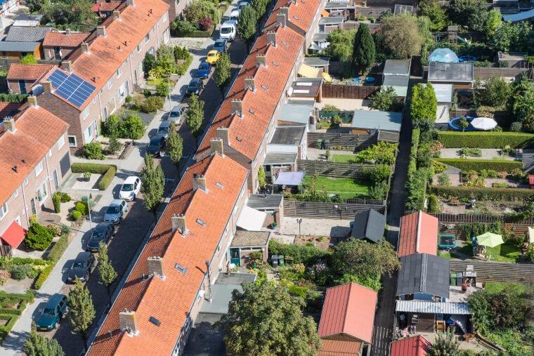Luchtfoto daken Nederland